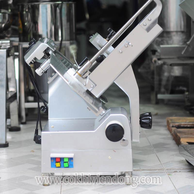 may-thai-thit-tu-dong-SL-300E-anh-5