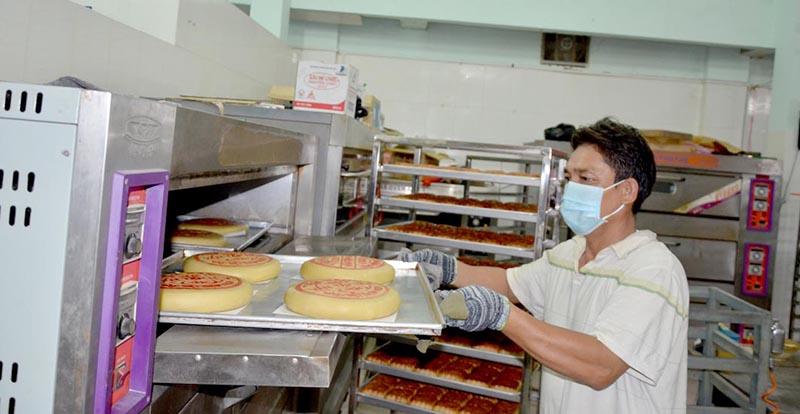 lò nướng bánh ngọt