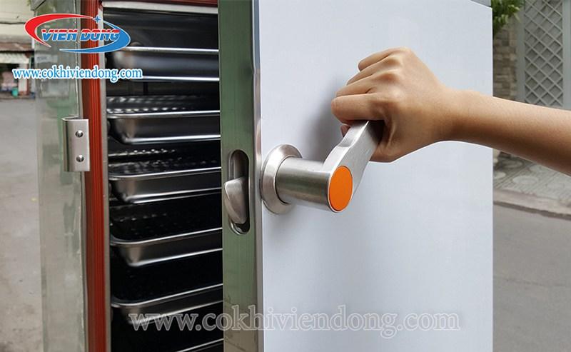 Tủ-nấu-cơm-công-nghiệp-12-khay-3-1