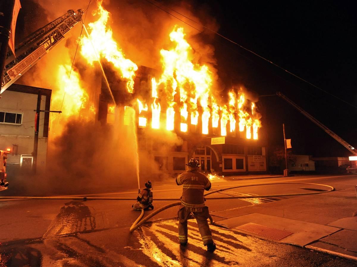 Máy trộn bột đánh trứng bị chập cháy