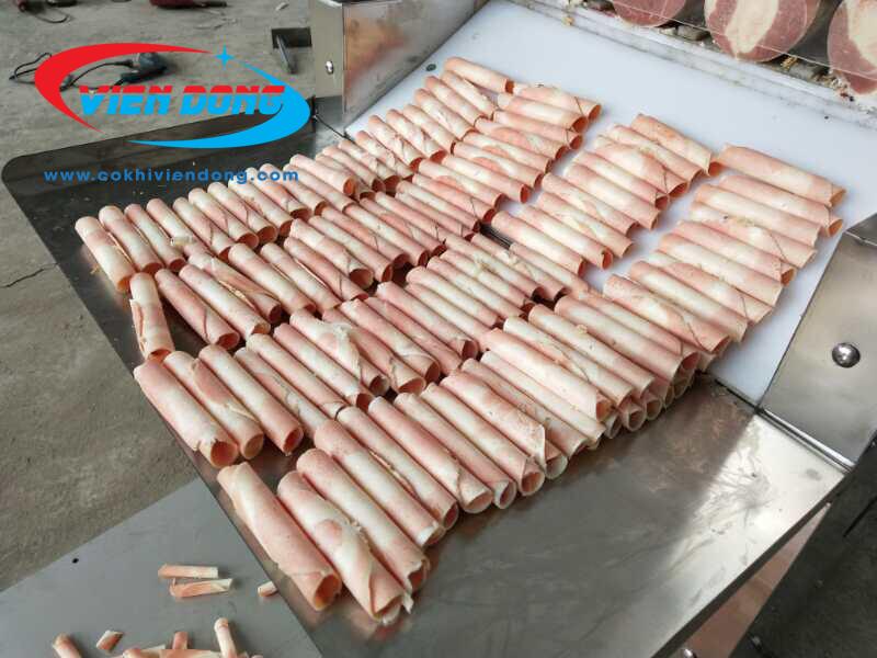 máy cắt thịt tự động QP