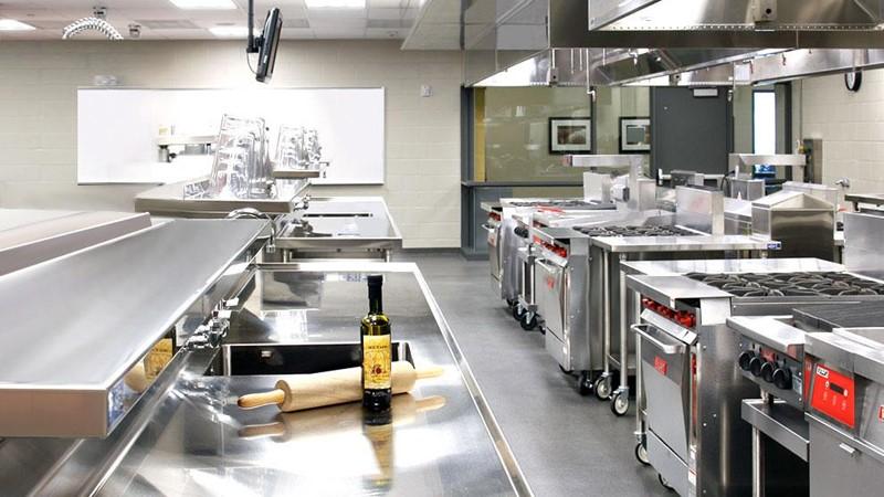 Dụng cụ bếp nhà hàng