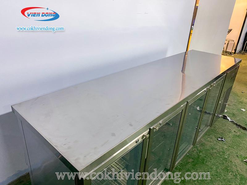 Tủ bàn mát 4 cánh kính quạt gió
